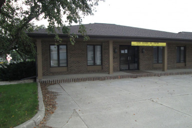 1201 South 2nd Avenue | Sheldon, Iowa | ISB Listings page | Northwest Iowa Real Estate Company