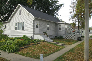 104 North Cannon Street | Paullina, Iowa | ISB Listings page | Northwest Iowa Real Estate Company
